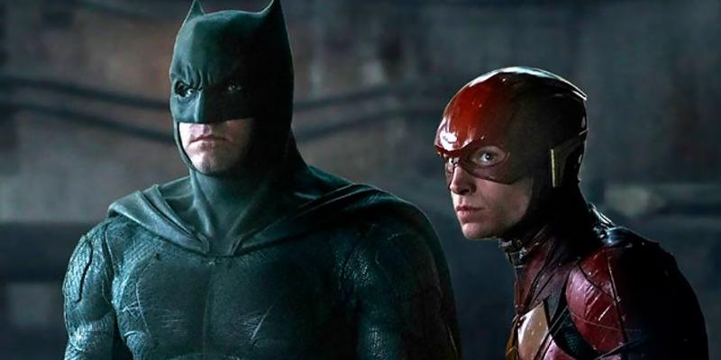 The Flash | Imagens revelam moto e novo traje do Batman de Ben Affleck no longa; confira