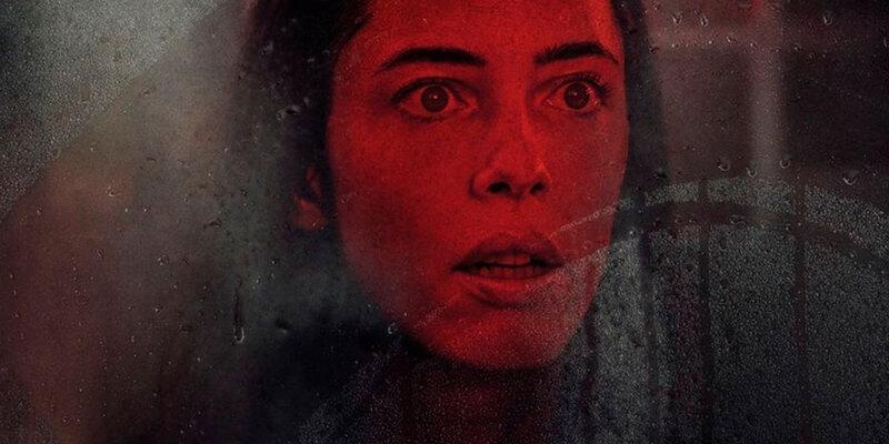 A Casa Sombria | Novo trailer de terror mostra Rebecca Hall em cenas perturbadoras